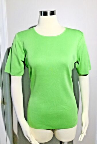 Exclusively Misook Acrylic Apple Green short Sleev