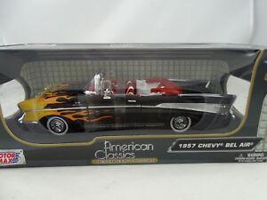 01:18 Motormax - Chevy Bel Air Noir 1957 avec flammes rares