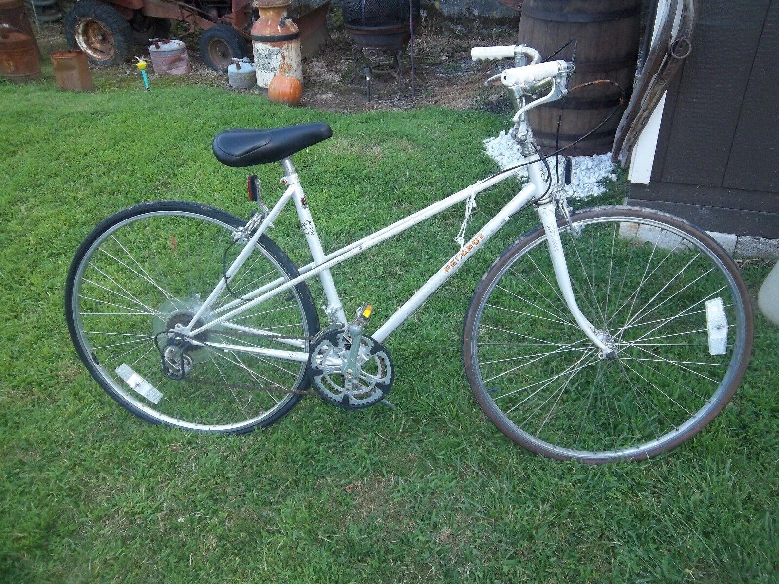 Vintage peugoet bicycle 70's or 80's