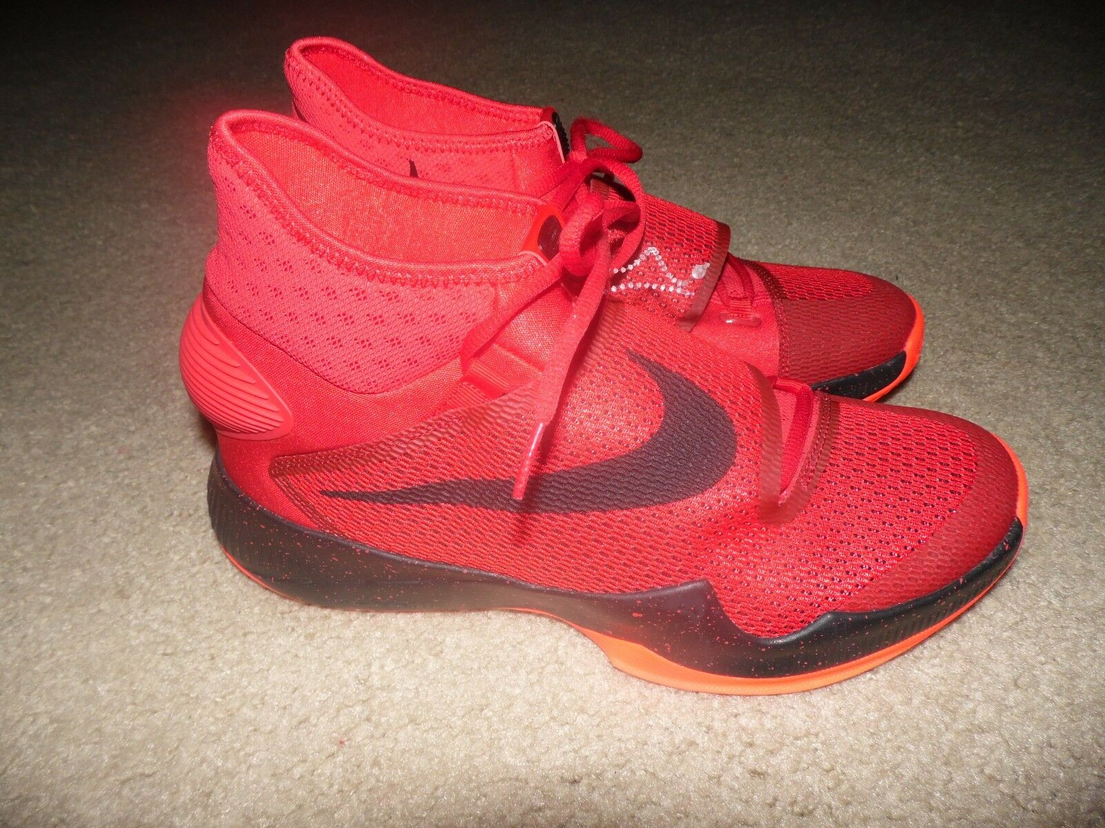 New Sz 11 Uomo Nike Zoom HYPERREV University Red Red Red Bright Crimson Nero 820224-660 48b9f0