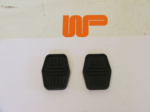 2 x GPR107A 2 BRAKE AND CLUTCH PEDAL RUBBERS FITTED FROM 76-00 CLASSIC MINI