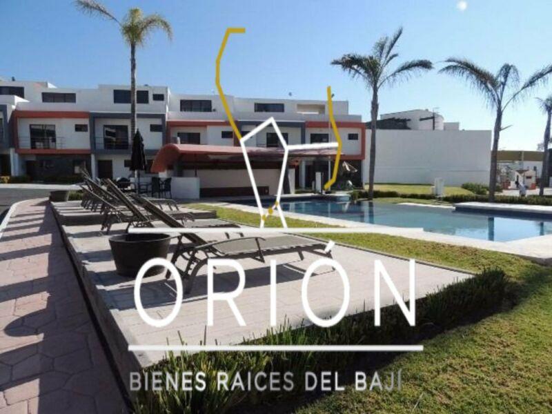 Casa renta Queretaro Refugio recamara planta 4 recamaras