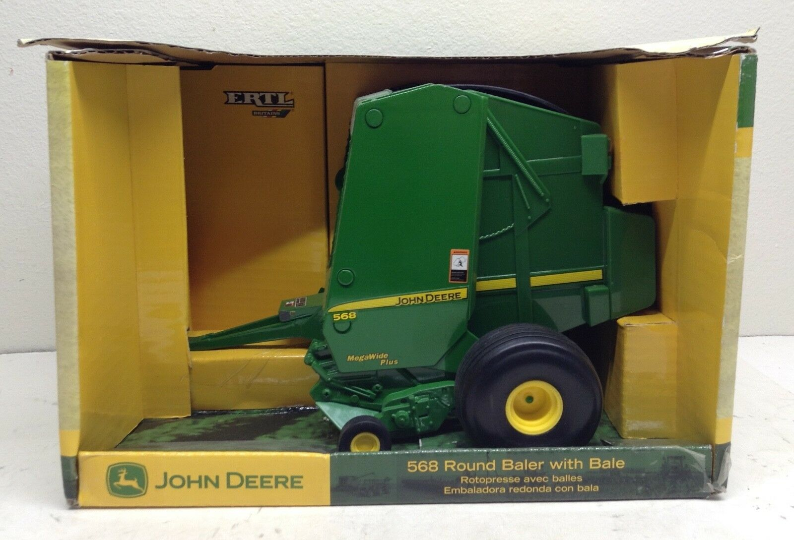 1 16 John Deere 568 Round Baler w  Bale Tractor Implement New in Box by ERTL