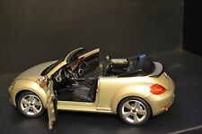 VW Beetle Convertible 2012 dealer edition diecast vehicle in scale 1/18