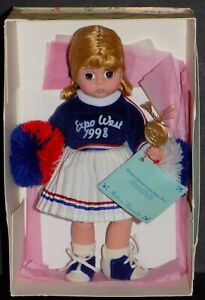 MADAME-ALEXANDER-WENDY-039-S-SPECIAL-CHEERLEADER-ANAHIEM-DOLL-EXPO-WEST-79670