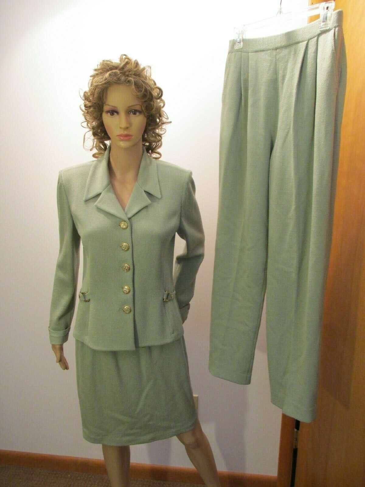 St John Collection  3 Pieza Falda traje de pantalón Conjunto Santana Knit Top 4 verde Falda 6  clásico atemporal
