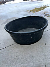 BS2 HUGE LIttle Giant Rubber tub horse cow livestock feeder dish 15 gallon size!