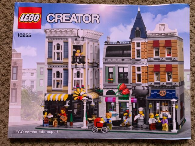 LEGO CREATOR 10255 ASSEMBLY SQUARE INSTRUCTION BOOKLET MANUAL ONLY