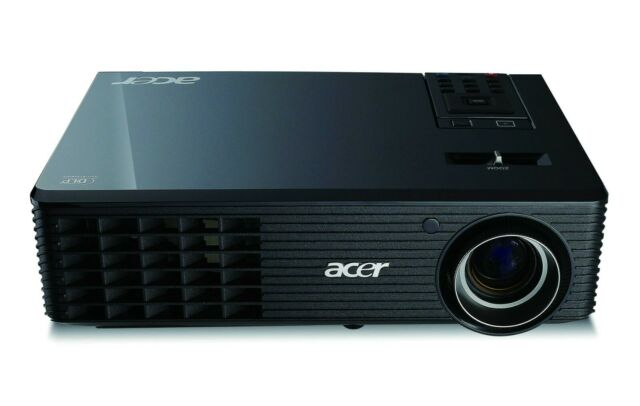 TOP High End HDTV ACER 2.500 AnsiLumen Beamer 4000:1 Kontrast, FULL HD komp.