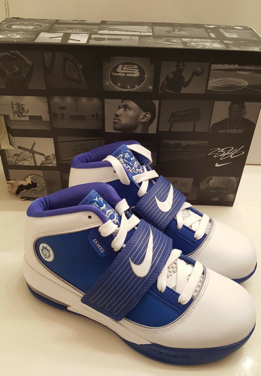 Nuove donne nike zoom soldato iv james lebron testimone basket bianco / royal
