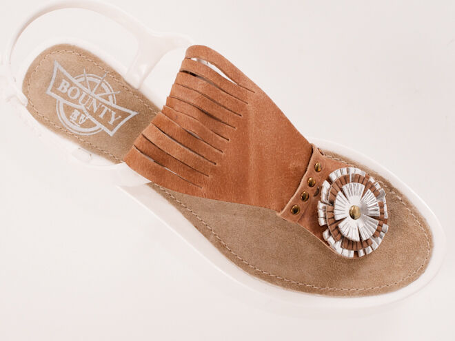 New Bounty by El Vaquero White  Sandals Size 37 US 7