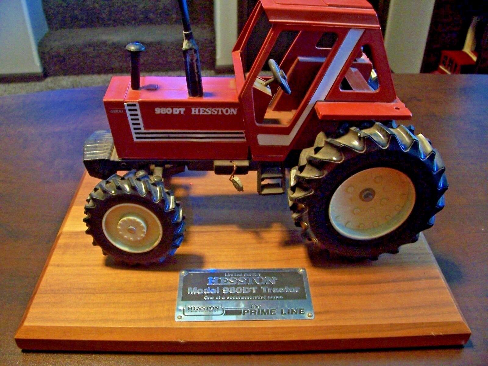 HESSTON FIAT 980DT AFSF Limited Edition Commemorative 1 16 Modèle À L'échelle Tracteur pas de prix de réserve