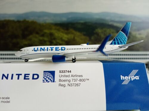 United Airlines Boeing 737-800 new 2019 colors  Herpa Wings 1:500 533744