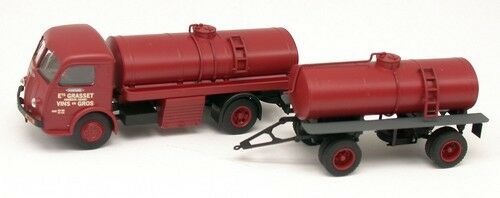 Panhard Movic 52 camion + rqe  citerne   Grasset   - REE - Echelle 1/87  HO