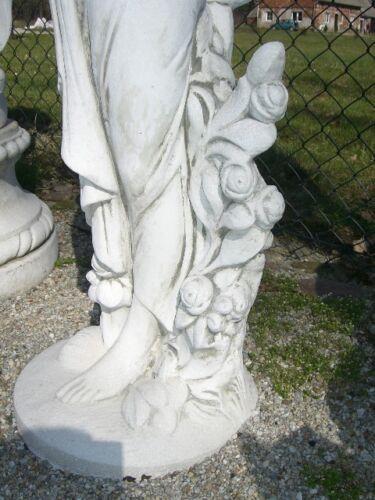Frauen Skulpture Steinfigur Pflanzenschalen Blumenschale Teichfontäne Korbfrau