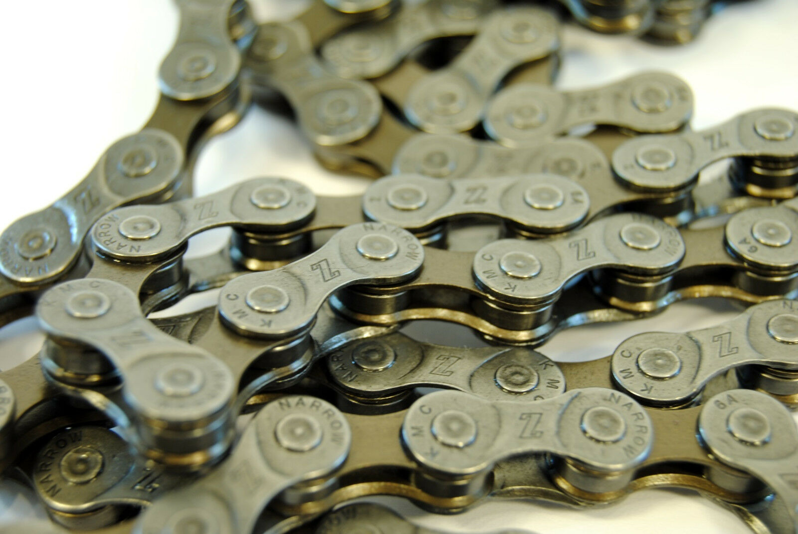KMC Z72 Chain-6//7//8 Speed-7.1mm-116 Links-Gray//Brown-New