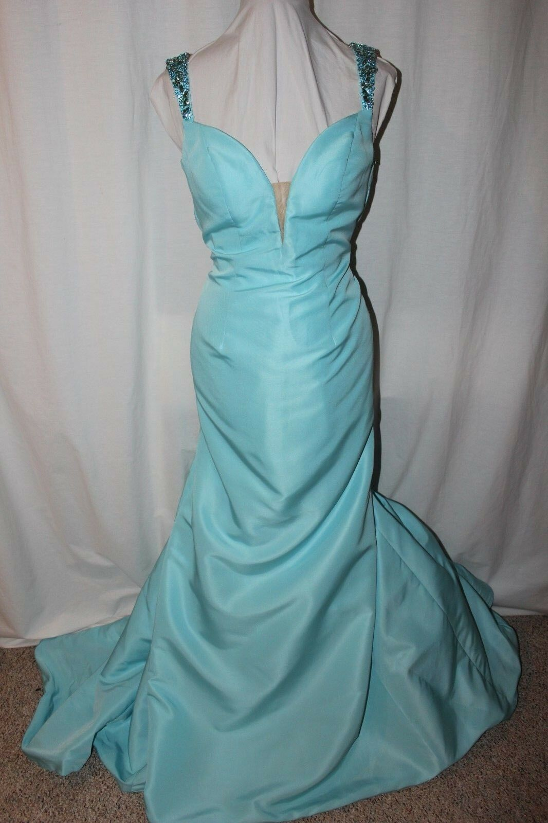 NWT Size 10 Sherri Hill 50331 Light blue jeweled/beaded long prom formal gown