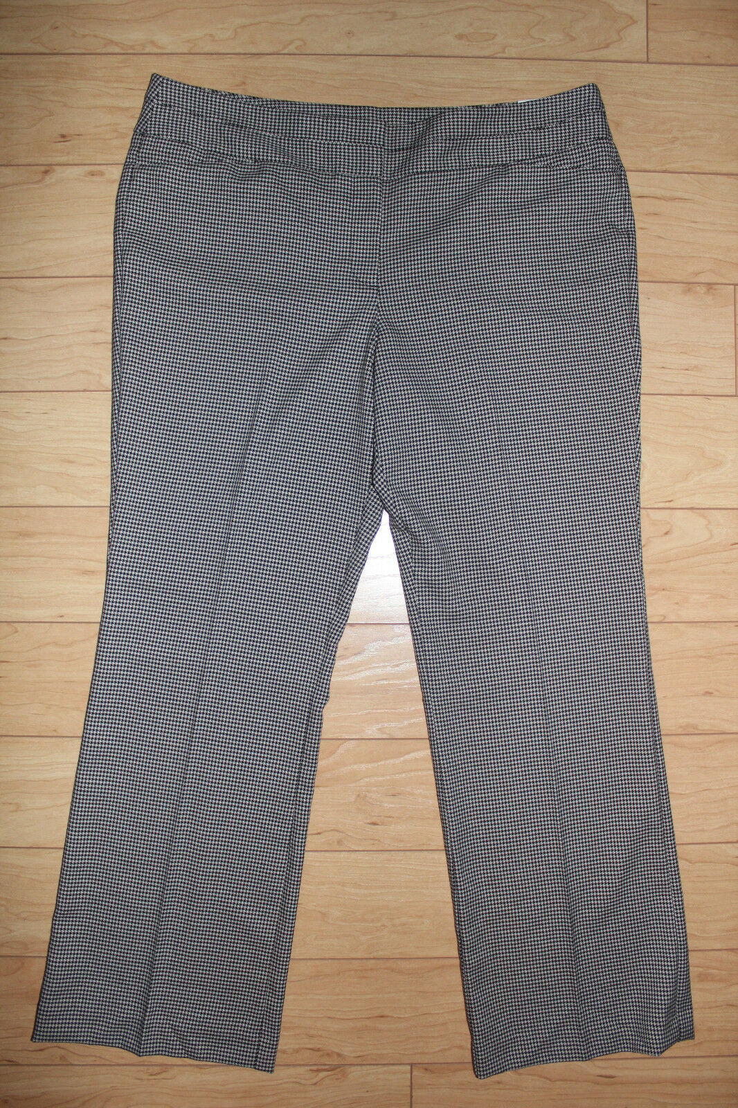 Ann Taylor LOFT Outlet Original Straight Leg Pants in Mini Houndstooth Size 16