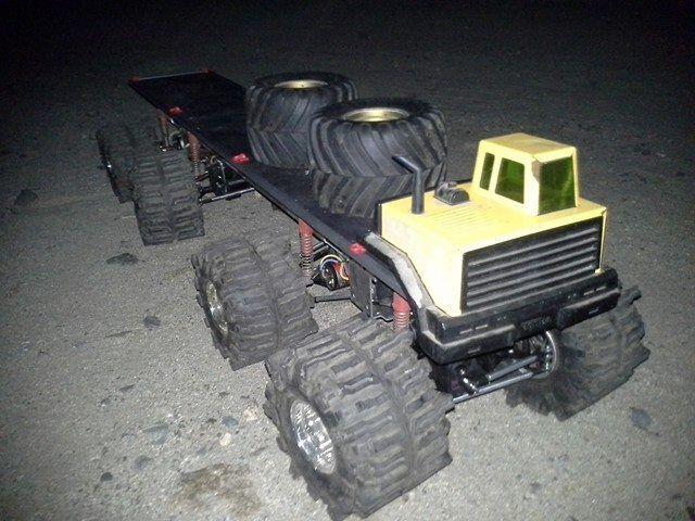Tamiya clodbuster massive 8x8 aluminium - chassis