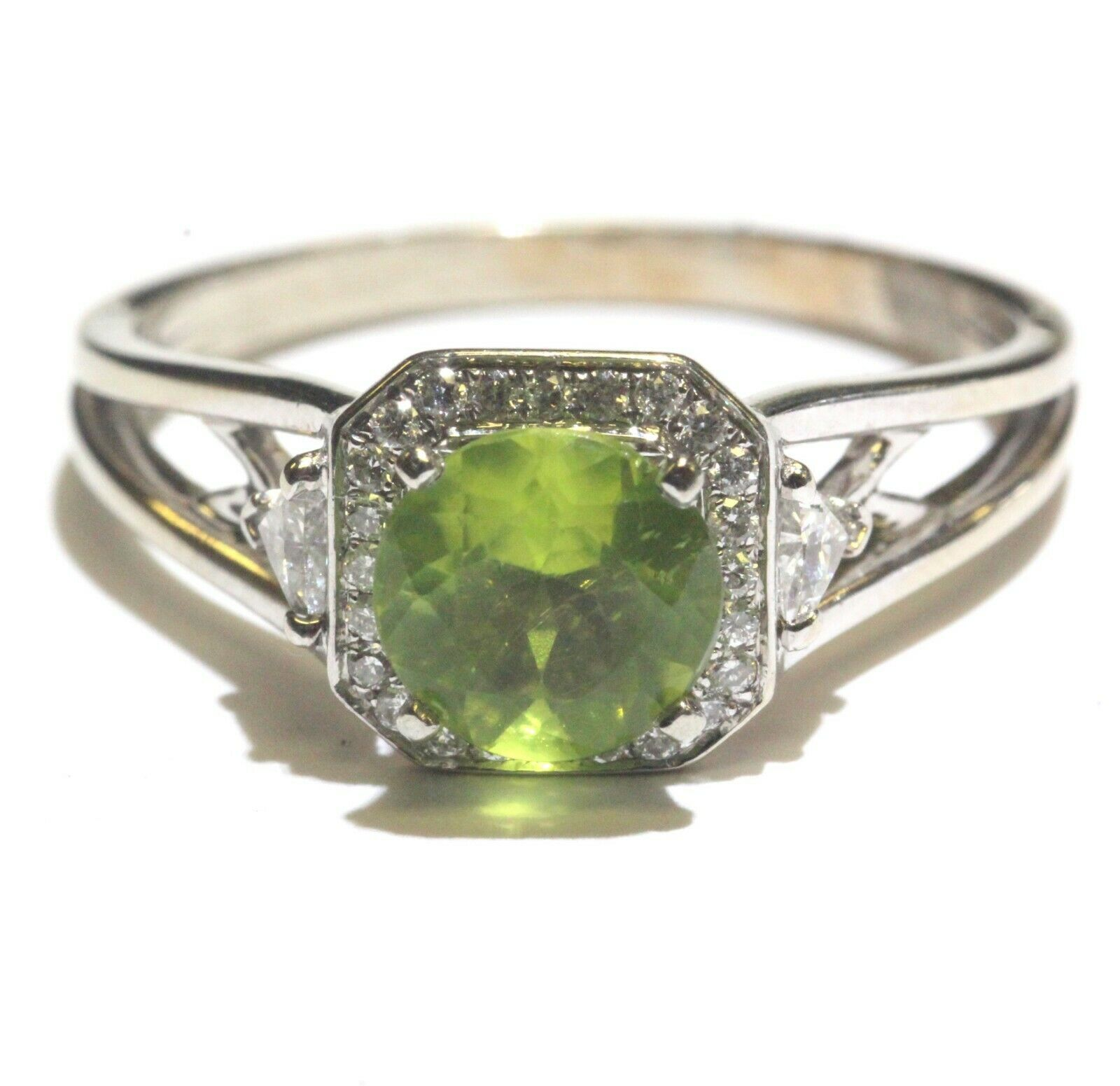 14k yellow white gold .32ct SI1 H diamond peridot halo ring 4.2g estate vintage