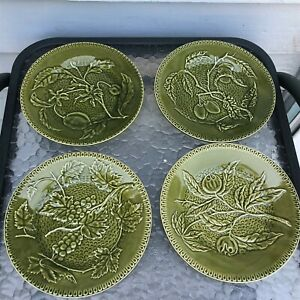 BORDALLO-PINHEIRO-Portugal-GREEN-PLATE-Majolica-Set-of-4-BP-136-Olive-Grape