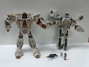 Star Wars transformers millennium falcon  2006 Loose figures Good Display Piece