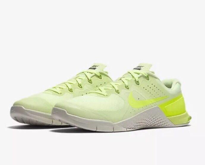 nike rendeHommes t 8 2 1 / 2 8 blanc bleu des chaussures de golf pour femmes 37e4da