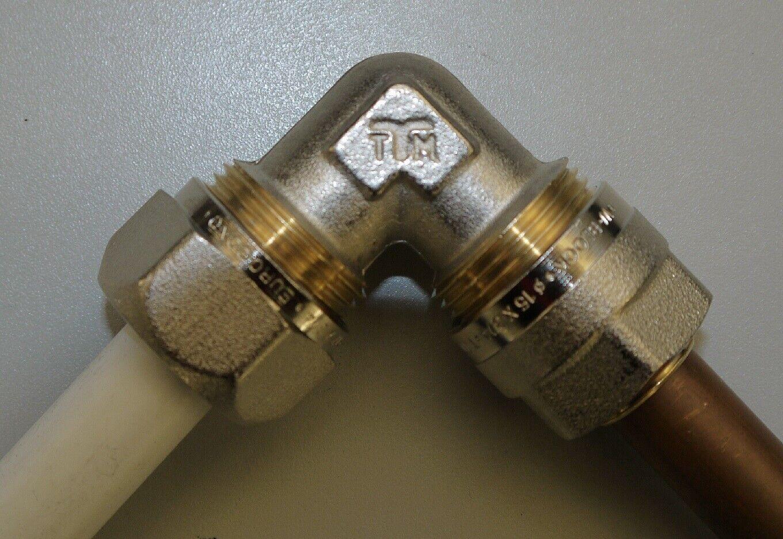 Kupfer-Verbundrohr-Kupplung mit Klemmverschraubung 15mm CU auf 16//17//20x2mm Verb
