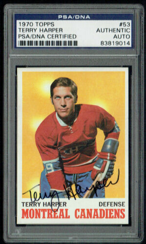 Terry Harper #53 signed autograph auto 1970 Topps Hockey Card PSA Slabbed