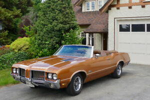 1972 Oldsmobile Cutlass Supreme 442 Convertible
