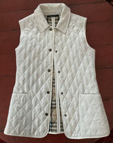 BURBERRY London White Quilted Vest - size small