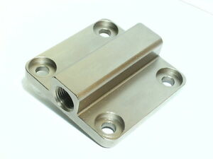 Precision-CNC-machined-Vw-Type-1-2-aircooled-engine-full-flow-oil-pump-cover