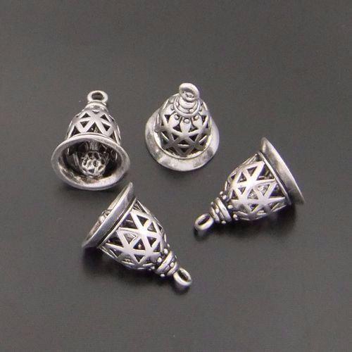 12pcs Vintage Silver Brass Gingle creux Bell Pendentif Charms Bijoux 04092