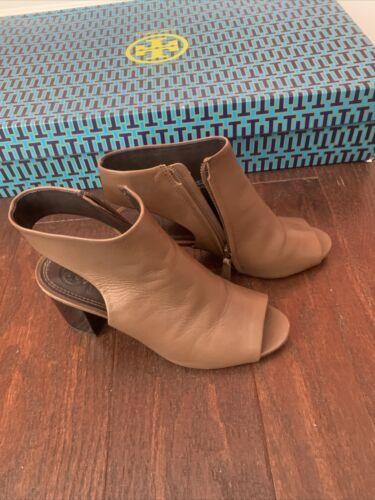 tory burch open toe sandal