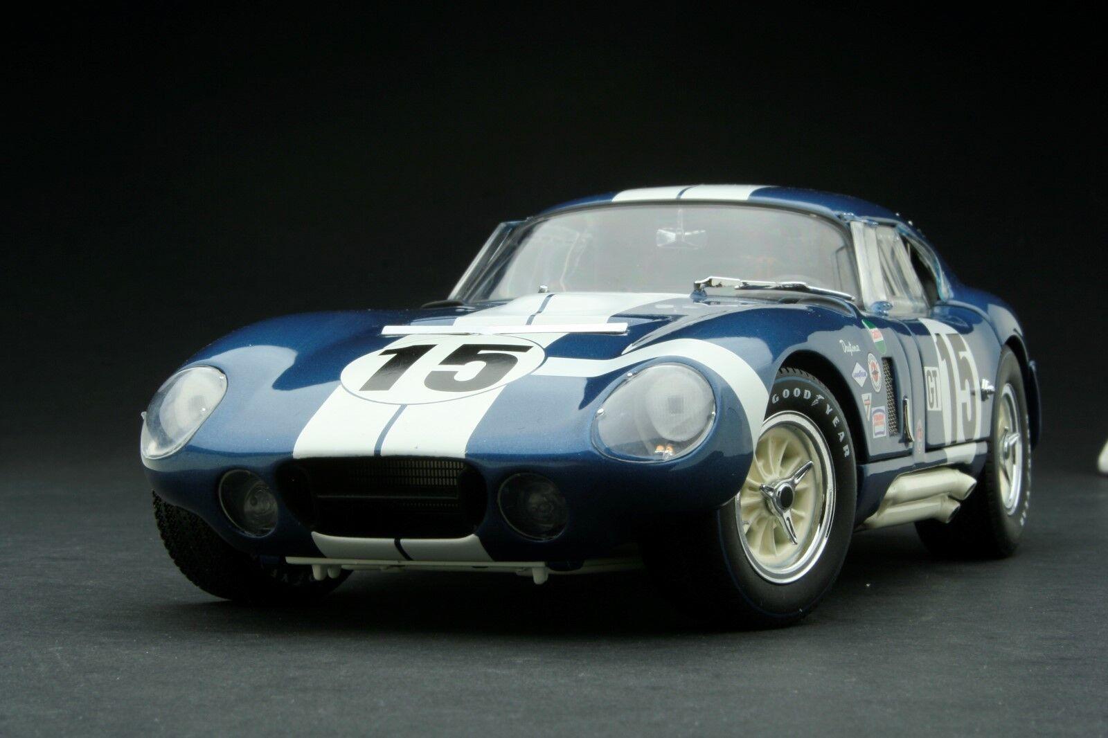 Exoto 1 18 1965 Cobra Daytona 12 Hours of Sebring Sebring Winner   RLG18015