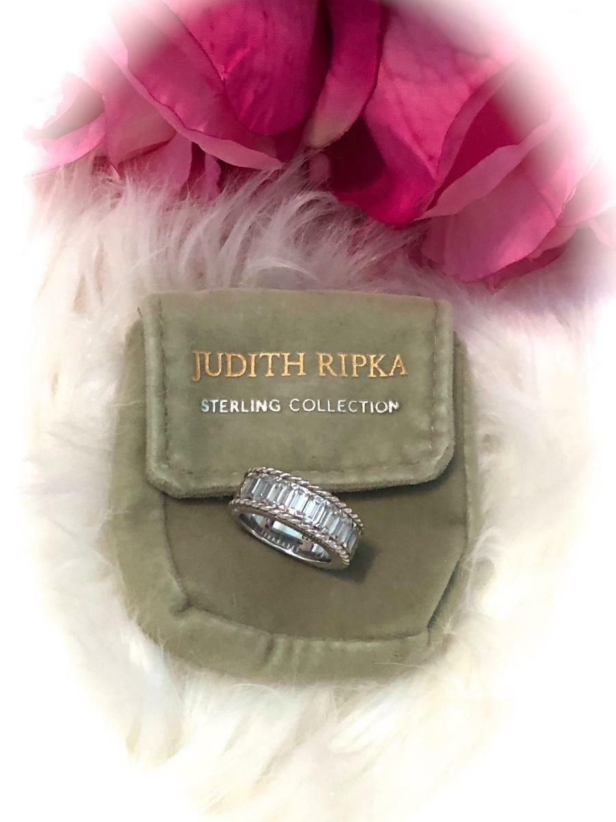 GORGEOUS Judith Ripka Sterling Diamonique Baguette Ring  Sparkles  Sz 6