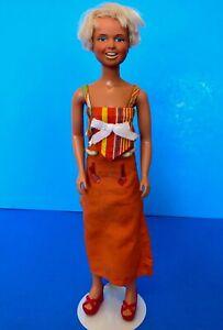 Vintage-1974-DUSTY-Doll-Kenner-Dress-w-Red-Platform-Sandals