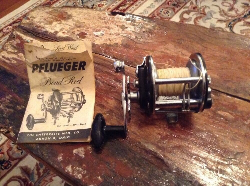 Vintage Pflueger Bond Reel With Owners Manual