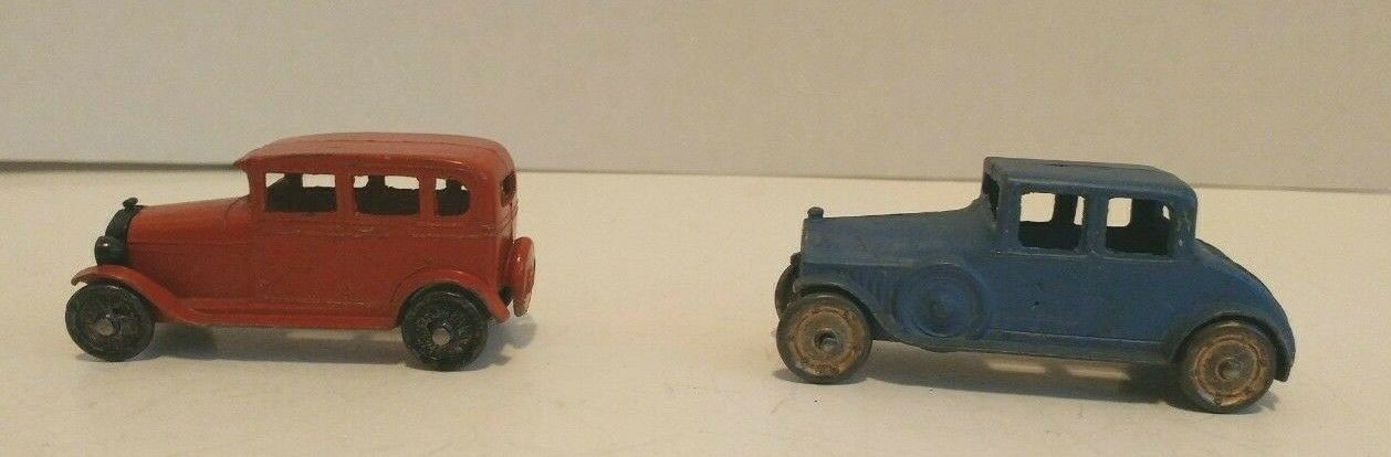 Tootsie Toy Diecast No. 4636 Buick Coupe & No. 6665 Ford Model A Sedan