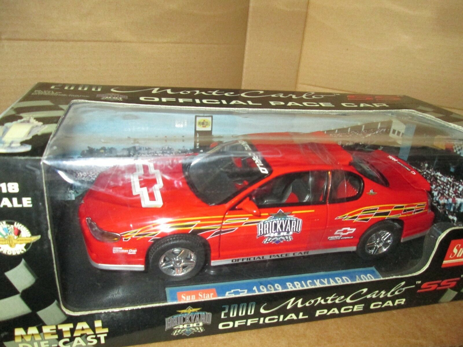SUNSTAR 1/18  2000 CHEVY MONTE CARLO SS NEW 2000 PACE CAR  nice details