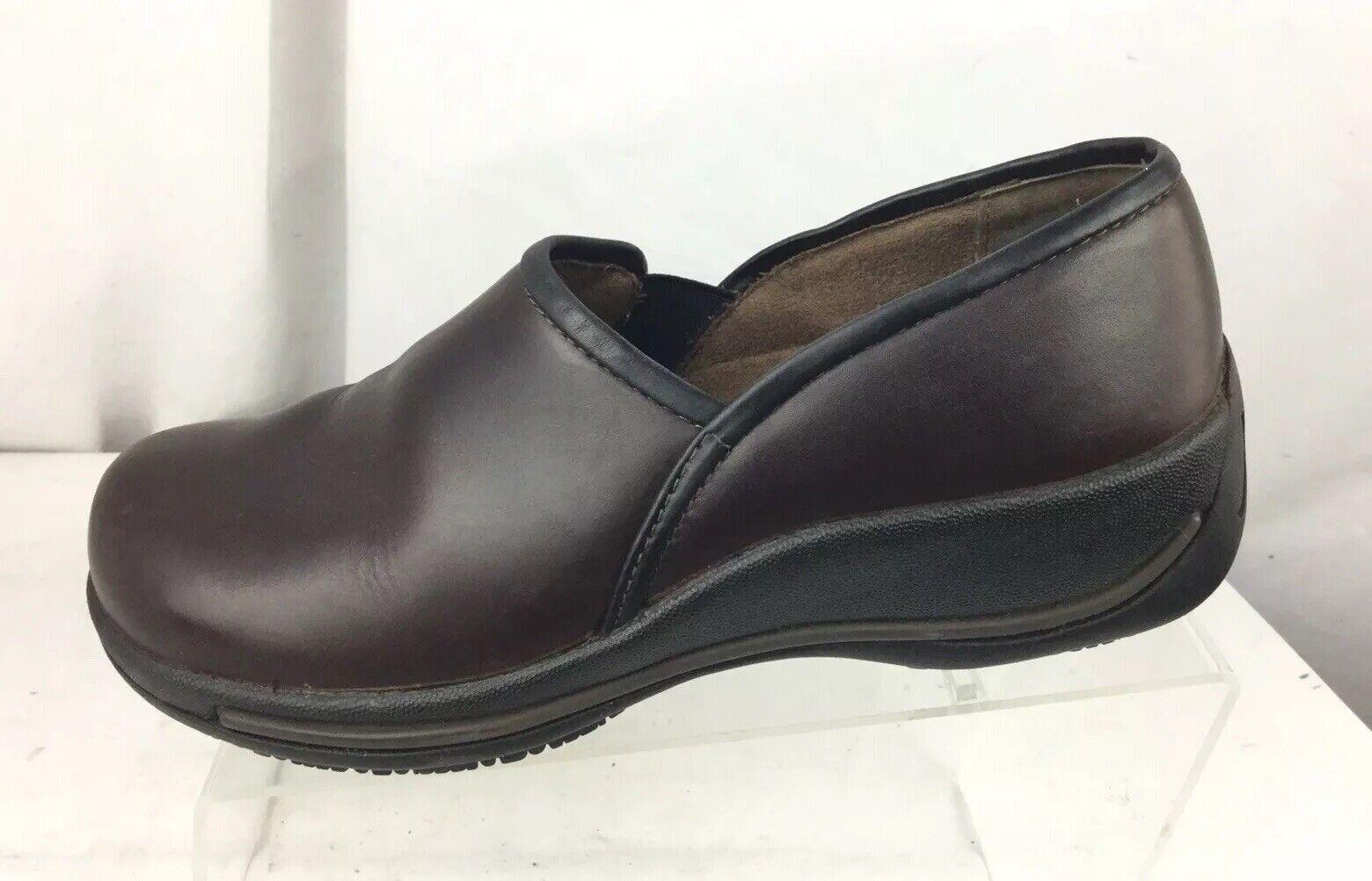 Dansko Caitlin Womens Size 40 Leather 4042-800200 Slip Resistant shoes Brown