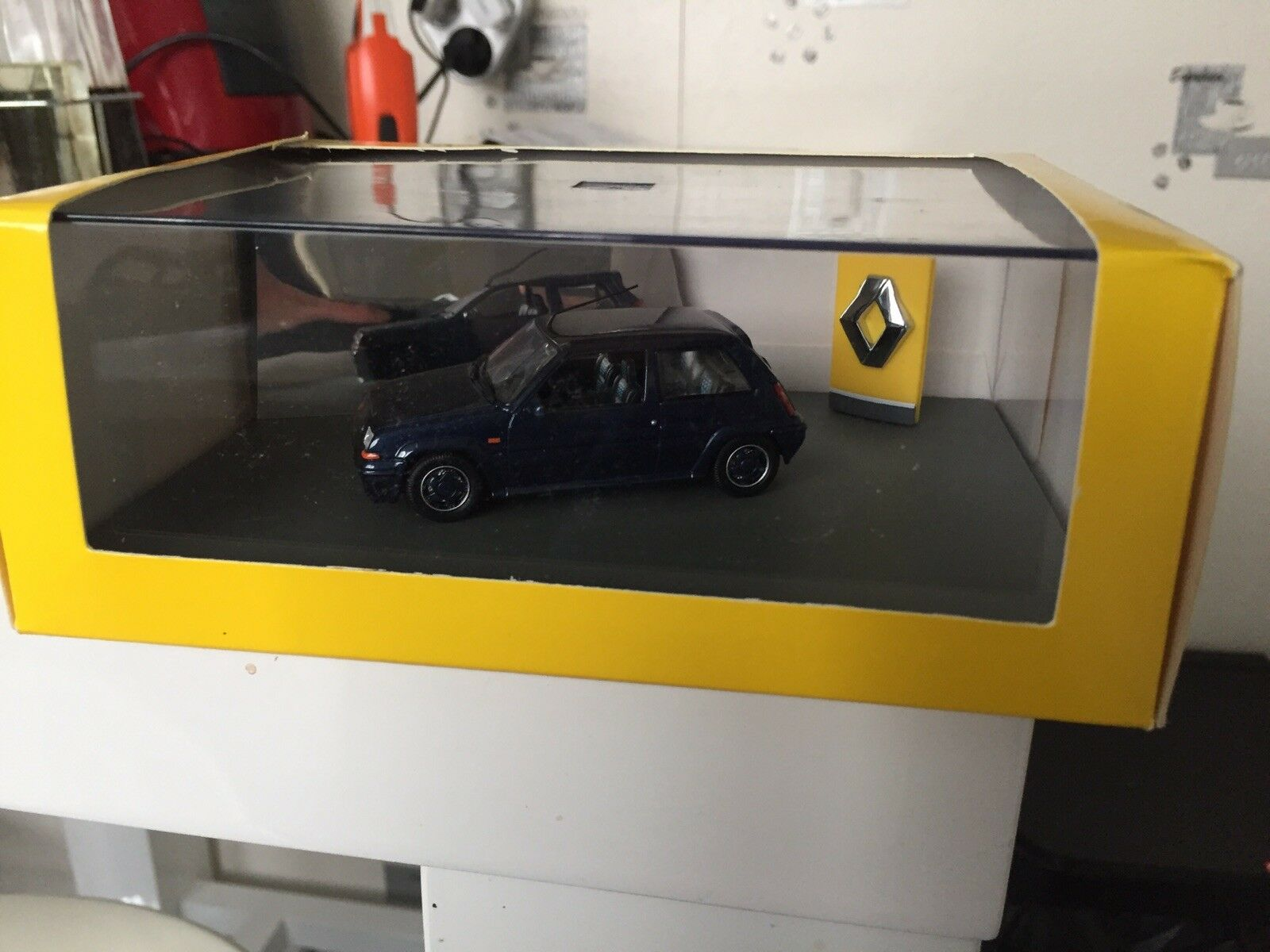 Universal hobbies 1 43 Renault 5 Gt Turbo Alain Oreille