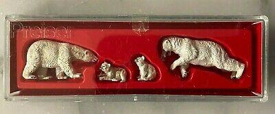 PREISER HO Scale #20384 Polar Bear Family Figure Set