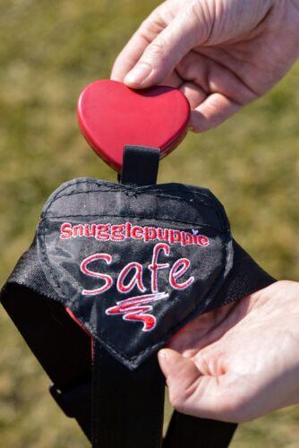 Harnais Safe & Sound Maisons confortables Pulser le coeur sur la poitrine pour calmer le chiot