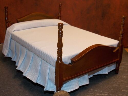 Dollhouse Miniature Walnut Double Bed Blue 1:12 inch scale Y11 Dollys Gallery