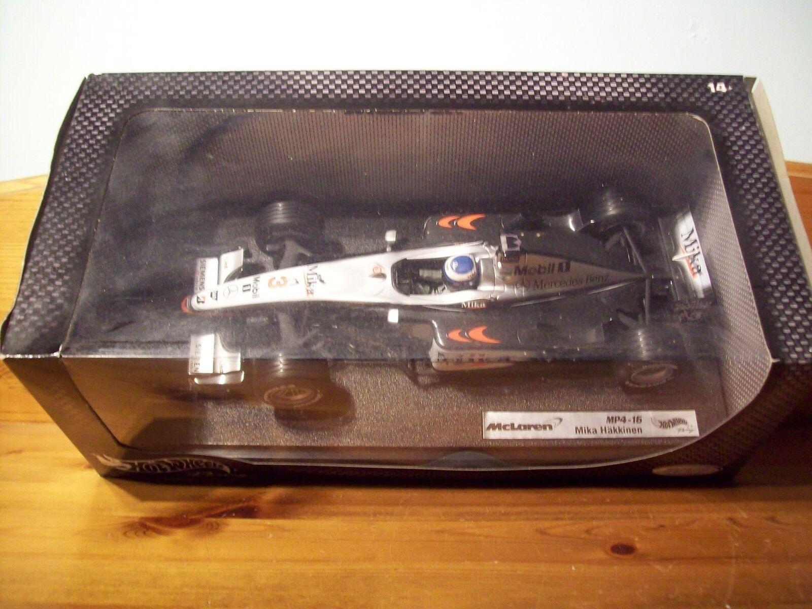 1 18 HOT WHEELS MCLAREN MP4 16 MIKA HAKKINEN 2001