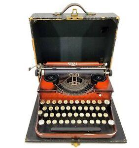 VINTAGE 1930'S ROYAL MODEL P DUO TONE BROWN PORTABLE TYPEWRITER W/ CASE - WORKS