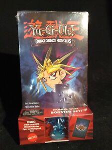 VTG-Yugioh-Dungeon-Monsters-VHS-Card-amp-Figure-DDM-Blue-Eyes-White-Dragon-NEW