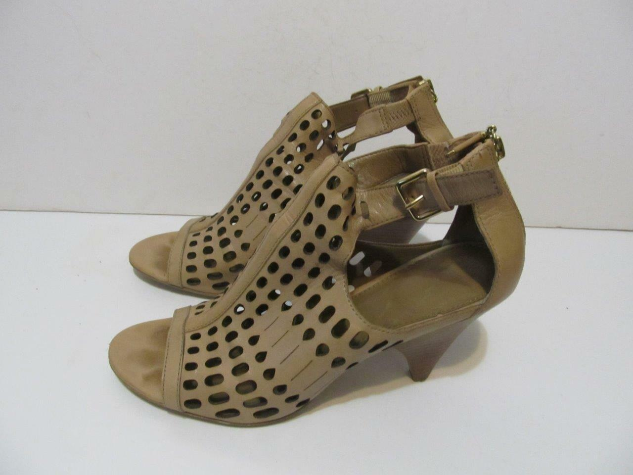 B.MAKOWSKY Ernest Taupe Leather Cutwork Peep Toe Sandal shoes Size10MEUC