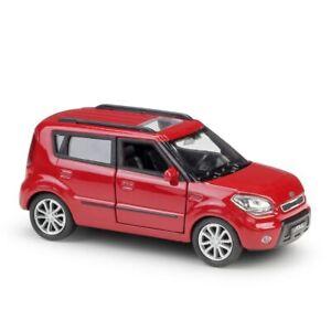KIA Soul 1:36 SCALA pressofusione in lega di metallo modello Pull Back Rosso Bianco collezione giocattolo